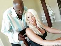 Lexington Steele Loves Awesome Big Curves 2