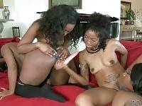 Slutty Ebony Gets Her Holes Deeply Toyed 3