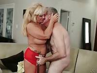 Pretty Granny Zena Rey Is Very Cock Hungry 1