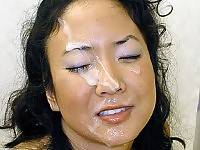 Asian hottie gets creamed