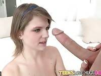 Chris Strokes Warms Cute Scarlett Fever Up 3
